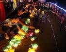 Hàng nghìn hoa đăng lung linh trong lễ Vu Lan ở Hòa Bình