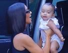 Con thứ 3 của Kim Kardashian càng lớn càng đáng yêu