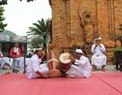 Vẻ đẹp đồng bào Chăm qua lễ hội bên cửa sông Cái Nha Trang