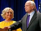 Vợ ông McCain có thể thế chỗ chồng trong Thượng viện