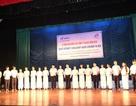 Đà Nẵng: Trao 240 suất học bổng đến học sinh vượt khó học tốt