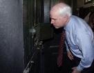 Ký ức của người bắt sống John McCain ở hồ Trúc Bạch