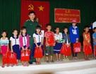 Đồng Tháp: Trao 50 suất học bổng cho HS nghèo vùng biên giới