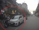 """Lái xe """"điên"""" đâm va hàng loạt người đi đường từ phố Hoàng Cầu tới đường Hoàng Đạo Thúy"""