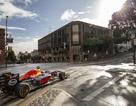 Xe đua F1 ra phố - Sự bất ngờ gây phấn khích