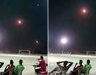 Tên lửa vụt qua trên đầu vẫn bình thản xem bóng đá