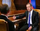 Thủ tướng Medvedev: Bộ ba hạt nhân NATO nhằm vào Nga