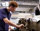 Số lượng nam sinh đăng ký vào đại học tại Anh thấp nhất trong 3 năm qua