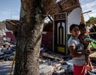 Động đất liên tiếp trên đảo du lịch Indonesia, nhiều nhà cửa bị san phẳng