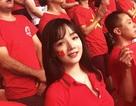 Chân dung đời thường xinh đẹp của nữ CĐV Việt gây sốt báo Hàn
