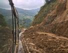 Quốc lộ 15C đi huyện Mường Lát thông xe tạm thời sau 10 ngày tê liệt