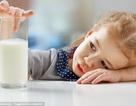 Bị ho có uống sữa được không?