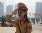 """Nữ CSGT Hà Nội """"ghi điểm"""" tại Diễn đàn kinh tế thế giới"""