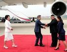 Đệ nhất phu nhân Triều Tiên rạng rỡ tháp tùng chồng đón Tổng thống Hàn Quốc