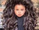 Bé 5 tuổi gây sốt với suối tóc dày thần kỳ đầy mê hoặc