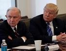 Tổng thống Trump công kích dữ dội Bộ trưởng Tư pháp Mỹ