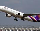 Fan Thái Lan bị tóm vì lẻn vào sân bay gặp thần tượng Hàn Quốc