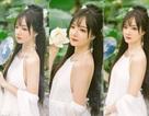 """Nữ CĐV Việt """"hot"""" tại Asiad 2018 đẹp như nàng tiên bên hồ sen"""