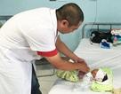 Phân biệt nôn trớ chu kỳ với bệnh lý hoại tử ruột nguy hiểm ở trẻ sơ sinh