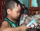 """Báo nước ngoài """"choáng"""" với khả năng """"bắn tiếng Anh như gió"""" của bé trai 5 tuổi người Việt"""