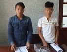 Bắt giữ 2 thanh niên sở hữu mìn, súng trong người