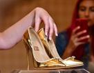 Chiêm ngưỡng đôi giày đắt nhất thế giới giá 17 triệu USD