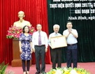Hội Khuyến học Ninh Bình đón nhận Huân chương Lao động hạng Nhì