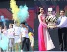 Á hậu Phương Nga tiếp sức tân sinh viên tại Ngày hội tuổi trẻ 2018