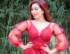 Á hậu Thu Hương đẹp mặn mà bất chấp tuổi tác