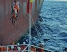 Cứu thuyền viên người Trung Quốc bị nạn ngoài khơi Nha Trang