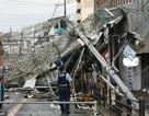 Siêu bão đổ bộ Nhật Bản: Sân bay ngập trong biển nước, xe tải bị gió cuốn phăng