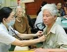 Bộ LĐ-TB&XH trả lời về hạ tuổi hưởng trợ cấp xã hội