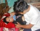 Chồng chết, lại mang bệnh nặng, cô giáo người Vân Kiều nén đau dạy học