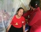 Mẹ trung vệ Tiến Dũng liên tục ngất xỉu khi U23 Việt Nam gỡ hòa
