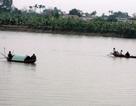 Thuyền đánh cá va chạm tàu chở hàng, 1 người mất tích