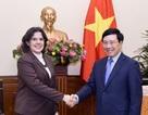 Việt Nam luôn sẵn sàng chia sẻ với nhân dân Cuba anh em
