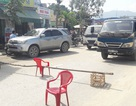 Dân rào đường, chặn xe tải chở đất đá gây ô nhiễm