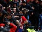 """Diego Costa tiếp tục """"nổ súng"""" và... nhận thẻ đỏ"""