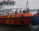 Cứu 4 ngư dân gặp nạn trên biển do ảnh hưởng bão Bolaven