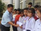 Grobest Việt Nam trao 100 suất học bổng đến học sinh nghèo tỉnh Lâm Đồng