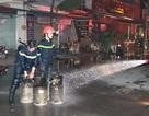 Nghi nổ bình gas gây cháy nhà hàng, 2 chiến sĩ chữa cháy bị thương