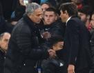 Mourinho tức giận khi bị gọi là kẻ mất trí