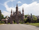 Nghĩa trang của giới thượng lưu Mỹ đẹp như khu nghỉ dưỡng