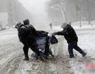 Hàng chục người Trung Quốc chết và bị thương do bão tuyết