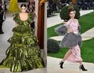 Siêu mẫu 17 tuổi Kaia Gerber nổi bật tại tuần lễ thời trang Paris