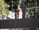 TPHCM: Lắp màn hình lớn phục vụ người hâm mộ trên đường Lê Duẩn