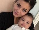 Những hình ảnh đáng yêu của con gái Kylie Jenner