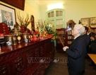 Tổng Bí thư thắp hương tưởng niệm nguyên TBT Lê Duẩn,Trường Chinh