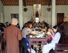 Người dân Huế, Đắc Lắc đến chùa cầu an mùng 1 Tết