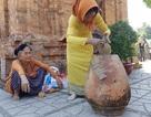 Nha Trang: Sắc xuân ở ngôi tháp cổ nghìn tuổi bên dòng sông Cái